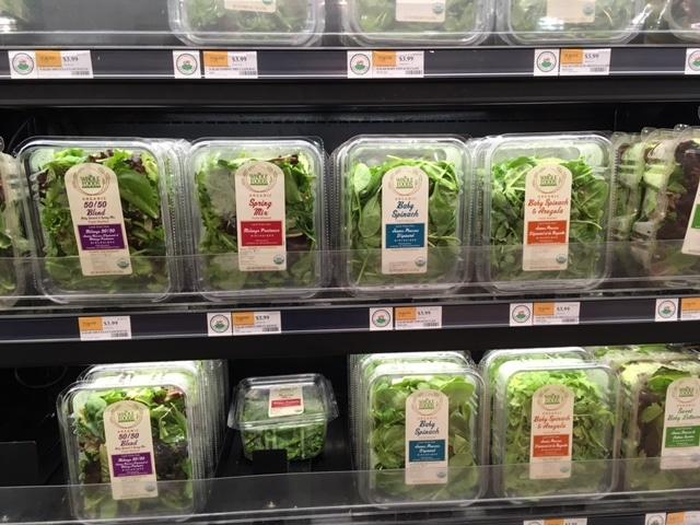 whole foods market organic salad mix